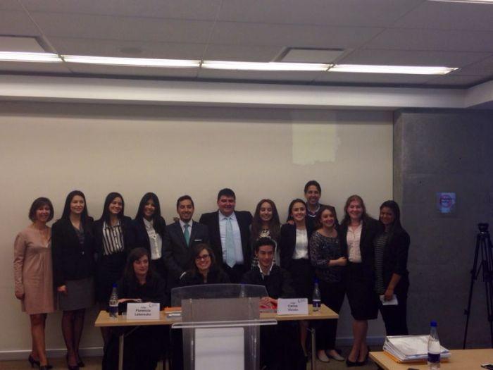 Los equipos finalistas: Universidad de La Sabana y Universidad de los Andes