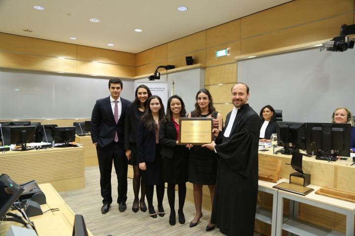 Universidad Getulio Vargas