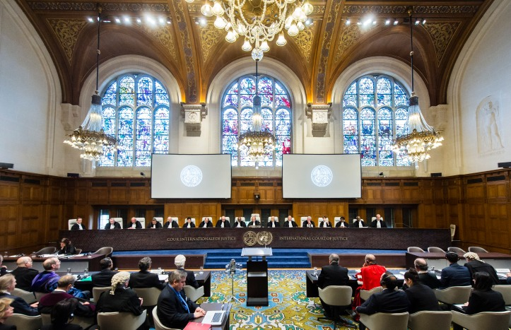 ICJ Judges on the opening day of the hearings. Les juges de la CIJ à l'ouverture des audiences.
